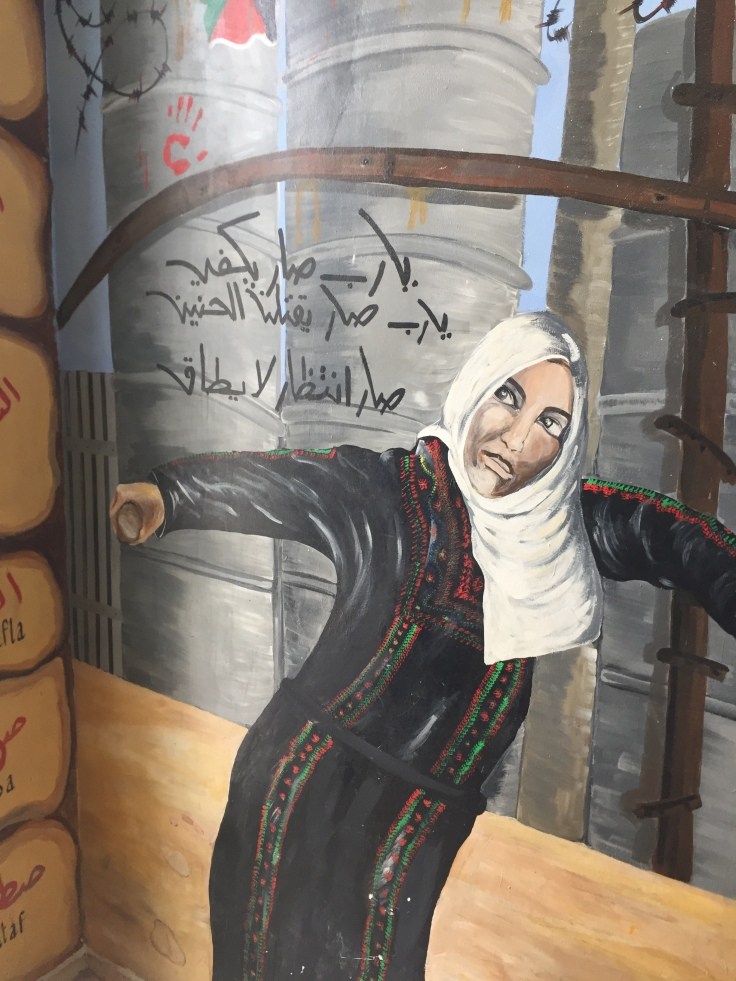robe palestinienne, tradition, résistance