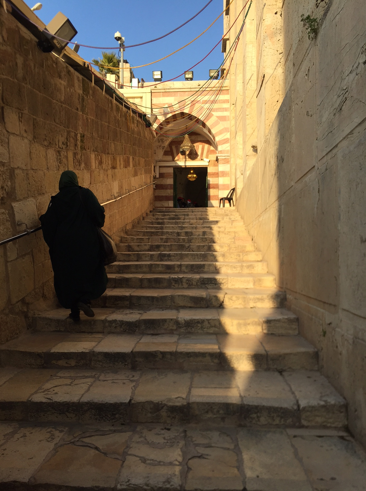 Entree mosquee Ibrahim